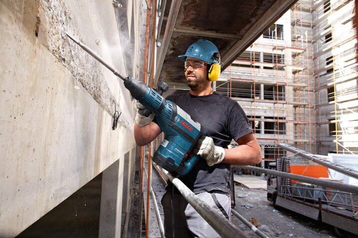 Bosch Demolition Hammer GSH 9 VC